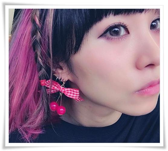 LiSAの可愛いメイク&髪型画像まとめ LiSA ヘアアレンジ チェリー&チェック