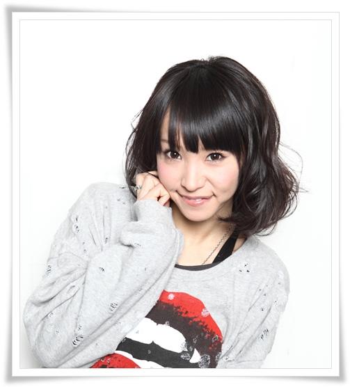 LiSAの可愛いメイク&髪型画像まとめ LiSA ヘアスタイ  黒髪